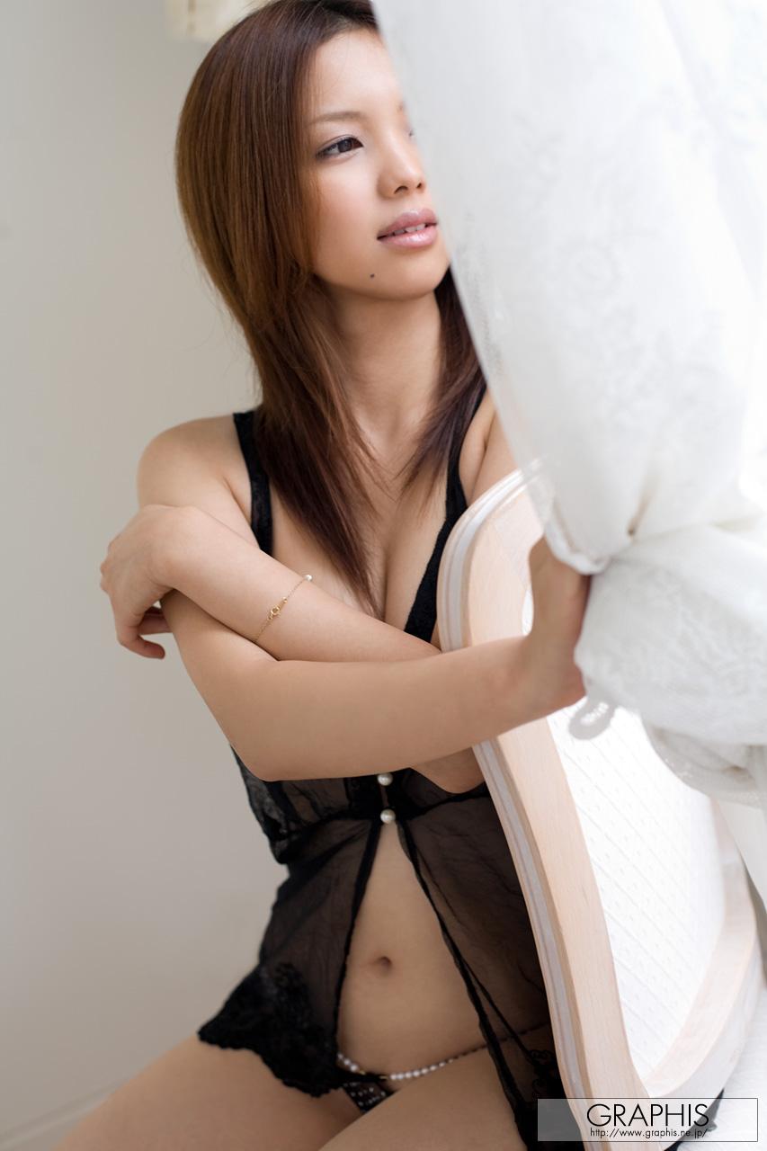У азиаток узкое 8 фотография